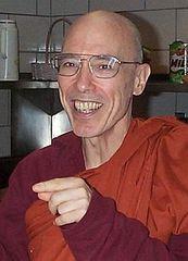 220px-Bhikku_Bodhi.jpg